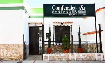 fachada sede comfenalco santander Malaga