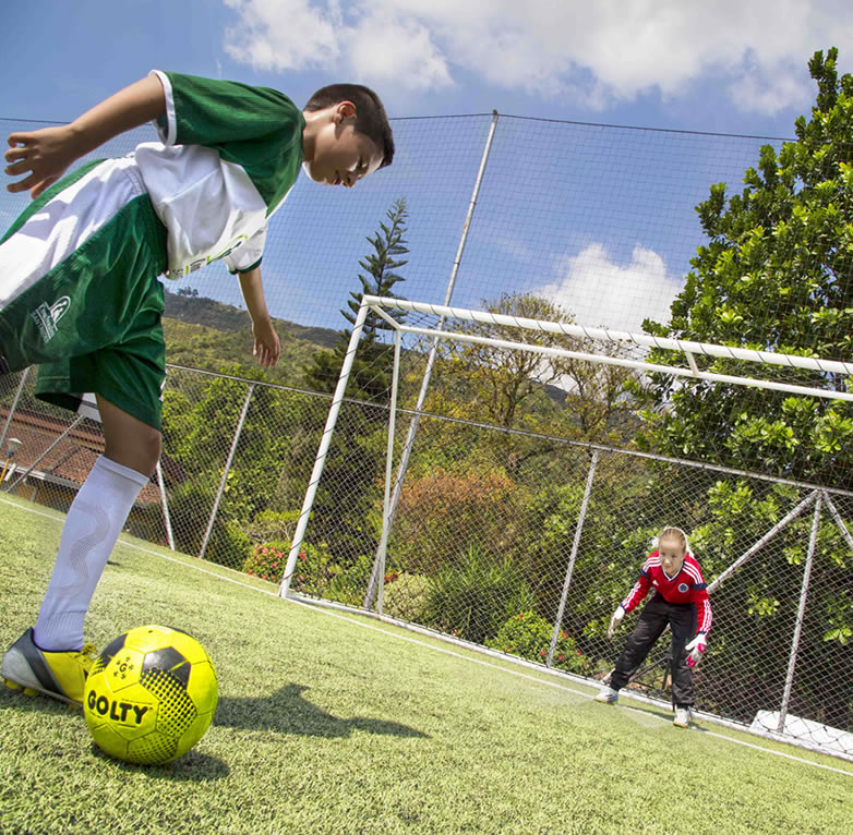 practicas de la academia de futbol